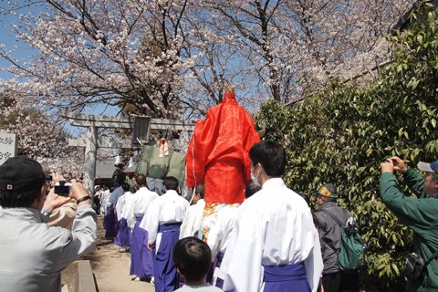 鈴宮諏訪神社到着