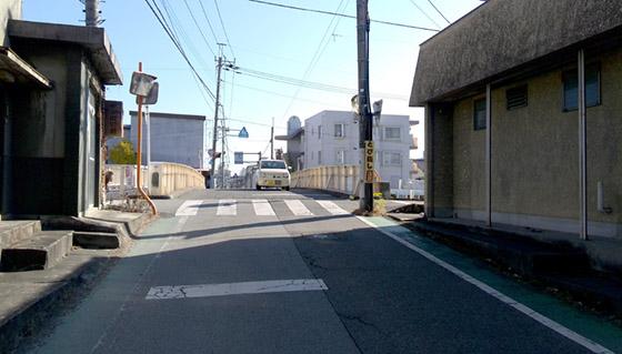 県立大飯田グラウンド通りの橋