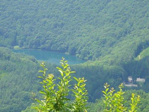 四尾連湖に寄っていきましょう。