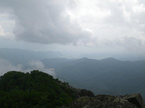 乾徳山頂上からの景色